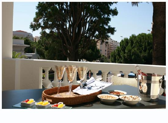 Villa Garbo: Breakfast on terrace