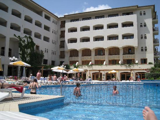 Theartemis Palace Hotel: Pool