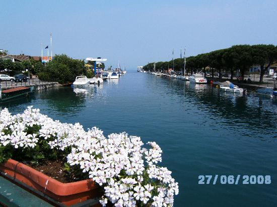 Camping del Garda : Walk from Campsite to Peschiera