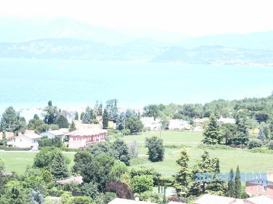 Camping del Garda : Lake Garda from Gardaland