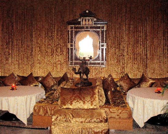 Es Saadi Marrakech Resort - Palace: Restaurant La cour des lions (4)