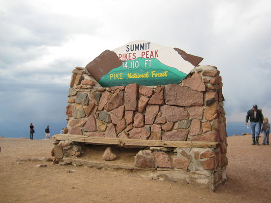 Manitou Springs, Kolorado: Sign at the summit
