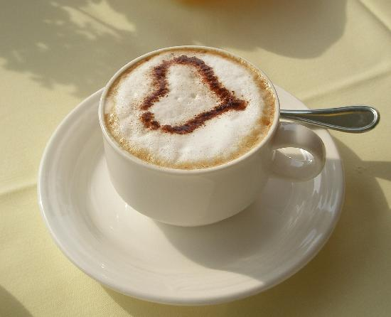 Villa Sassa Hotel, Residence & Spa : capuccino at breakfast