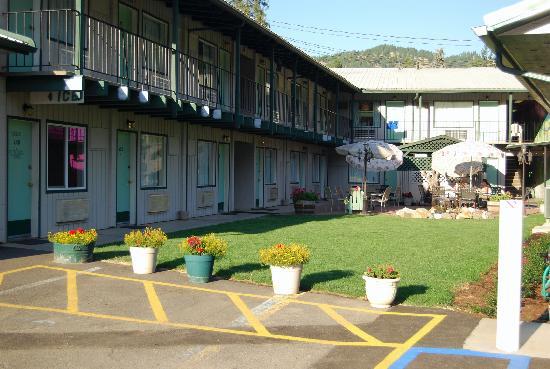 Konkolville Motel Image
