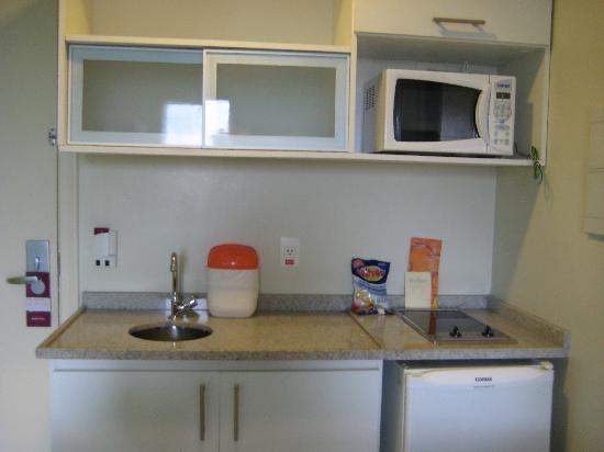 Hotel Mercure Manaus: kitchenette