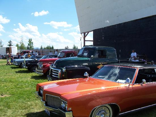 Spud Drive In : The Spud Drive-in car show on the 4th of July
