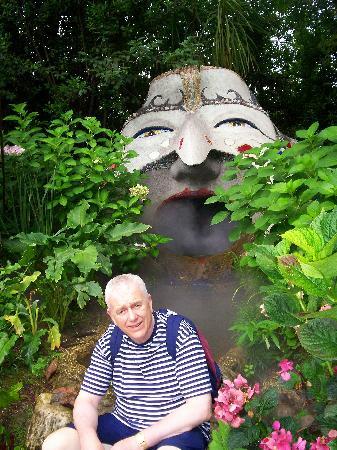 Heller Garden : South American theme