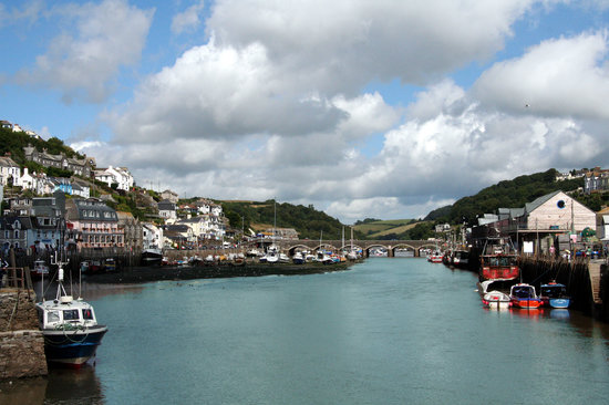 Лоо, UK: Looe Harbour and Bridge
