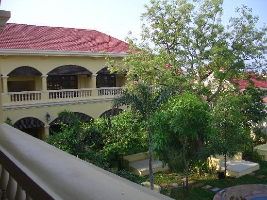 Pavillon d'Orient Boutique-Hotel: Blick vom Balkon