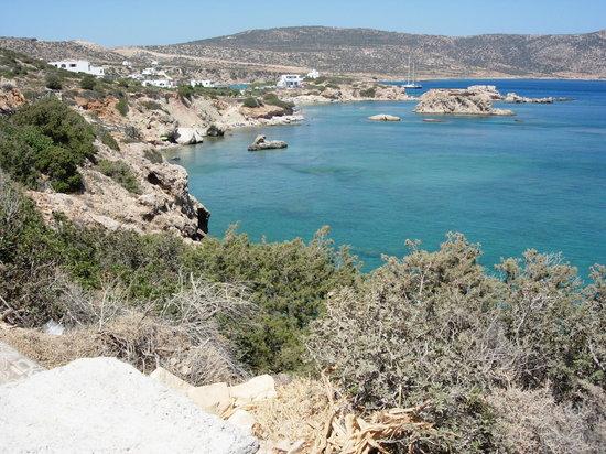 Kárpathos, Grecia: Spiaggia di Amoopi (sotto l'hotel)