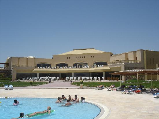 Three Corners Fayrouz Plaza Beach Resort : View from the Pool of Hotel