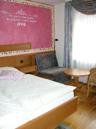 Hotel Restaurant Bürgerstube: Bed