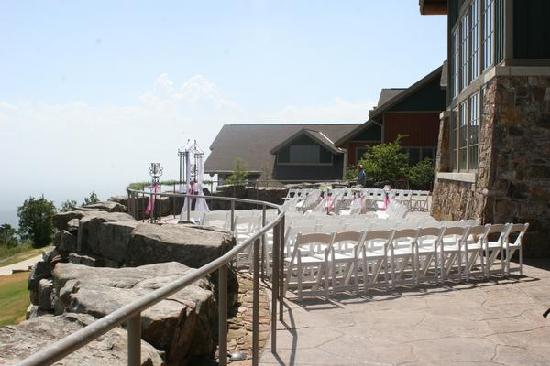 The Lodge at Mount Magazine: wedding held on lodge balcony