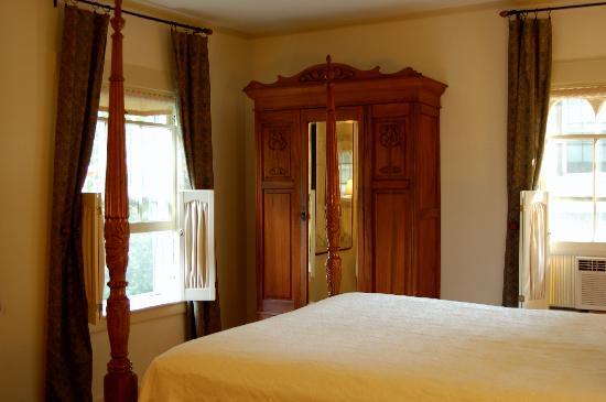 Marshall Slocum Inn: Room shot #2
