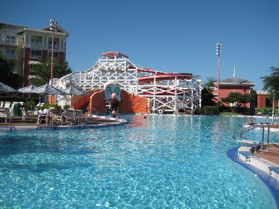 Disney's BoardWalk Inn: The pool has a great slide!