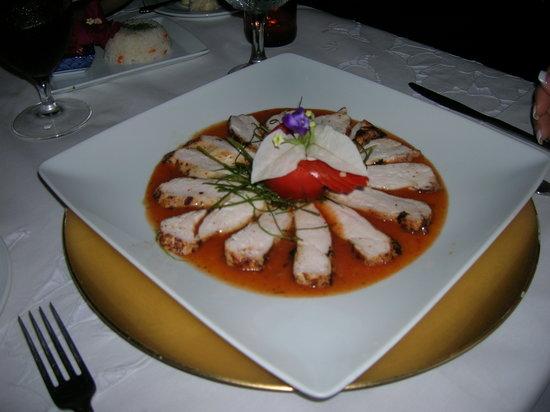 La Casa de Los Nogueras: My beautifully prepared plate.
