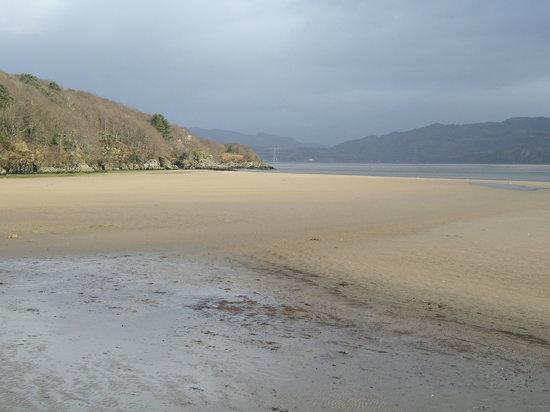 Penrhyndeudraeth, UK: Low Tide