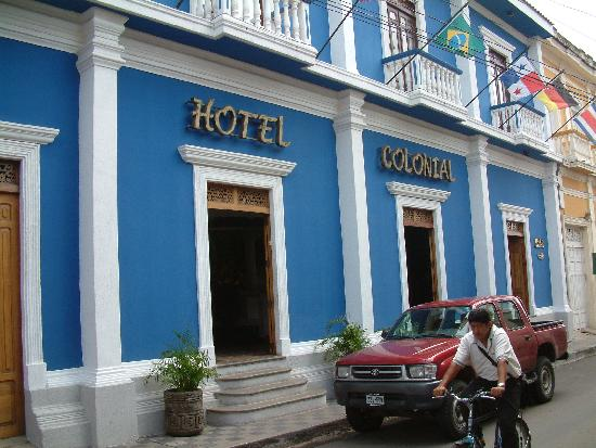 Hotel Colonial: The hotel front