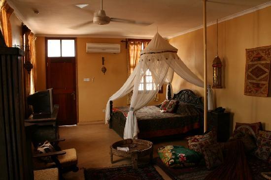 Zanzibar Palace Hotel: Bedroom area