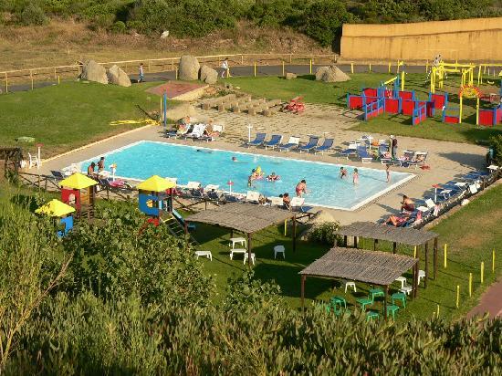 Marmorata village hotel santa teresa gallura sardegna for Piscina santa teresa
