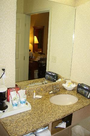 Comfort Inn: Bathroom sink