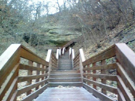 Indian Cave State Park: The stairs up to the cave