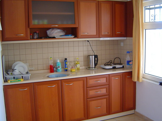 Dolunay Apartments: Kitchen