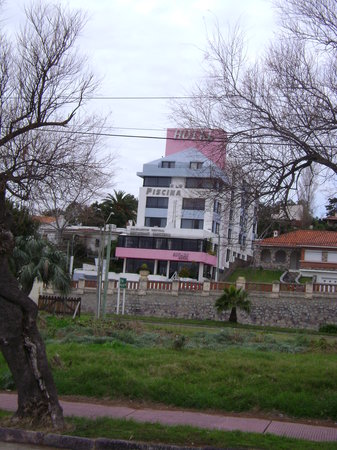 Hotel Ricadi: Hotel