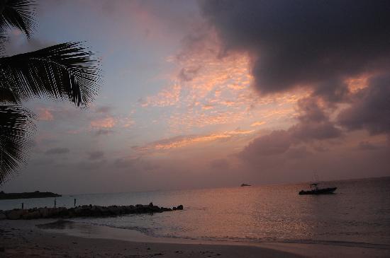 Siboney Beach Club: Another Sunset