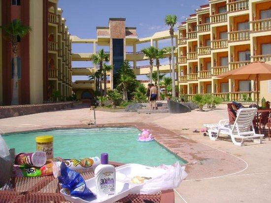 Playa Bonita Hotel: foto del hotel y su alberca