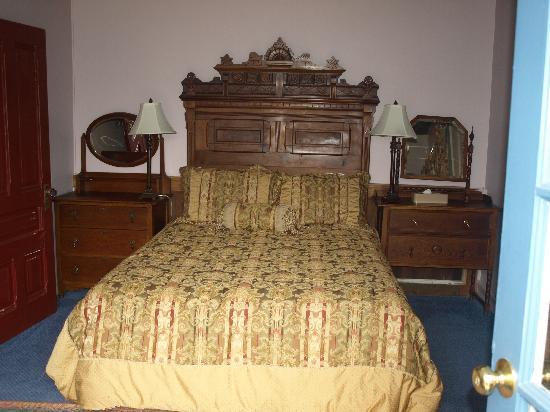 جينير إن: Mill Cottage Lower Bedroom