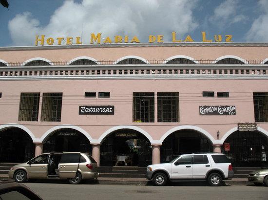Maria de la Luz Hotel: Le devant de l'hôtel