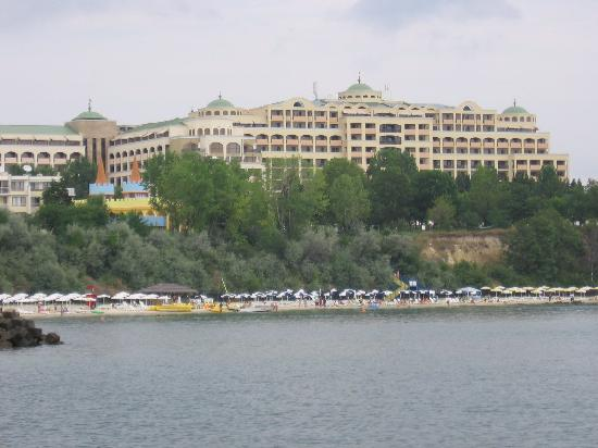 Sol Nessebar Palace: Hotel view