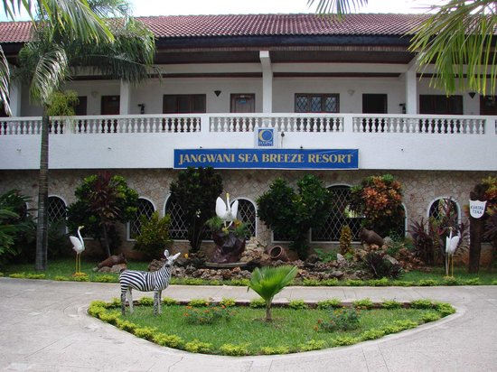 Jangwani Seabreeze Resort: Main Hotel