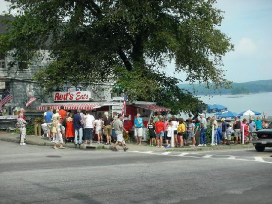 Red's Eats: Worth the wait