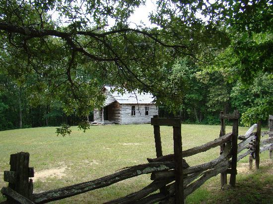 Cumberland Gap National Historical Park: The schoolhouse