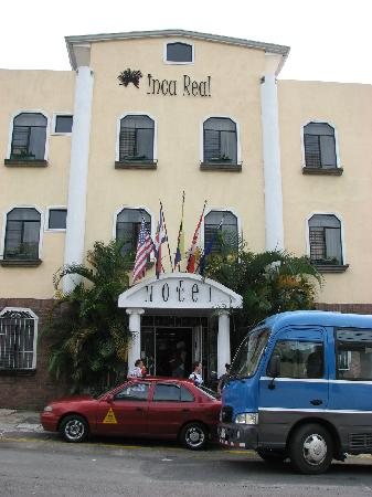 Hotel Inca Real: Main entrance