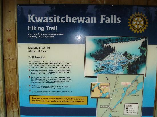 Kwastichewan Falls : Trailhead sign