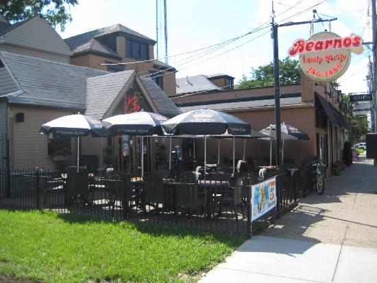 Bearnos Pizza Bardstown Rd Picture Of Louisville Kentucky