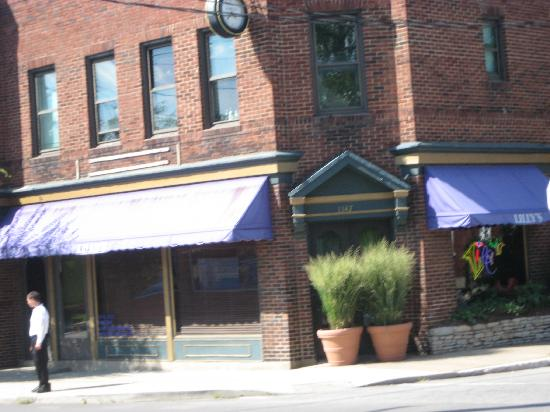 Louisville Ky Lilly S Restaurant Bardstown Rd