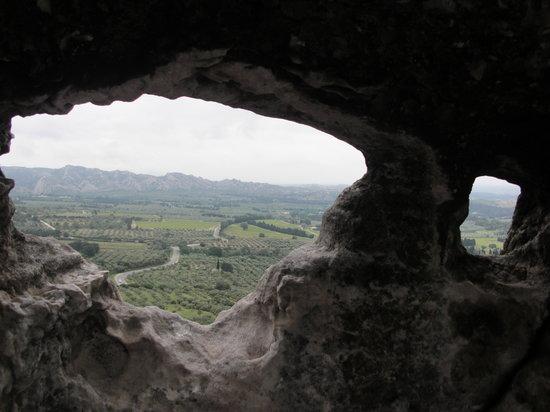 Le Chateau des Alpilles: View from Les Baux de Provence