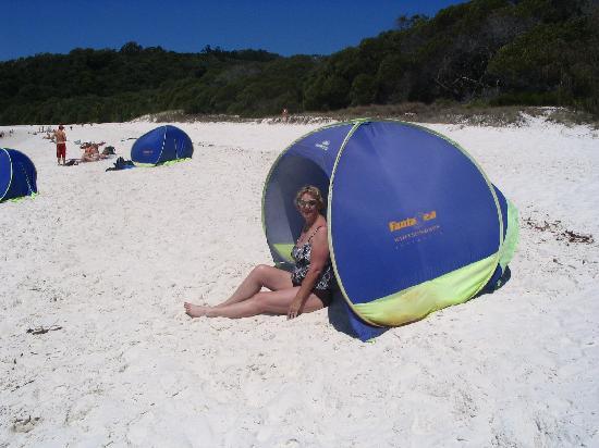 Whitehaven Beach : fine silica beach at Whitehaven