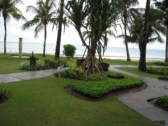 Nirwana Gardens - Mayang Sari Beach Resort: balcony view
