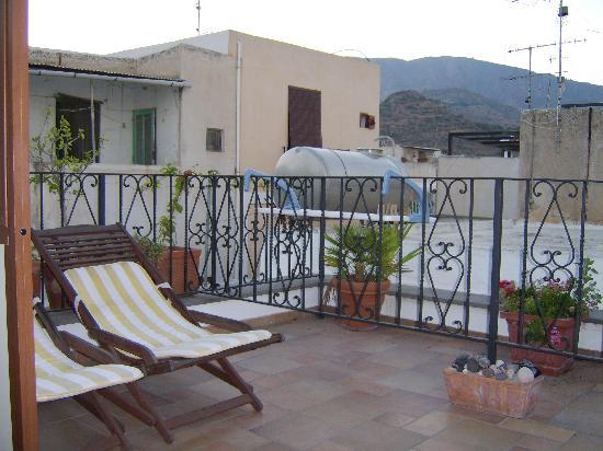 B&B Diana Brown: Roof terrace