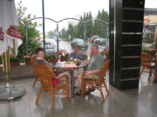 Hotel Carpati: Hotel Cafe