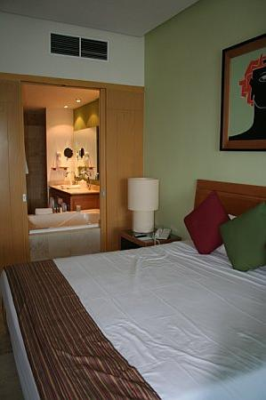 The Grand Mayan Nuevo Vallarta : Room View. It was a single.