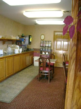 Americas Best Value Palmer Inn: Little nook for planning your next stop