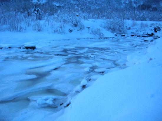 frozen stream tysfjord