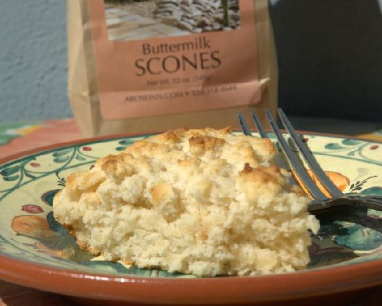 Adobe Rose Inn: Scones