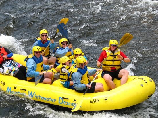 Форт-Коллинз, Колорадо: Our group rafting in July 08